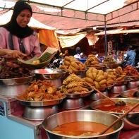 Nasi Kapau Pasa Pabukoan Bukittinggi.jpg
