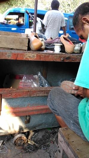 Spesialis Sol Sepatu Di Kota Padang (19 agustus 2015)(1)