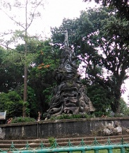 Bukittinggi (18 September 2015) (16a)Taman Tugu Pahlawan Tak Dikenal