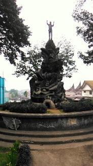 Bukittinggi (18 September 2015) (26a)Taman Tugu Pahlawan Tak Dikenal