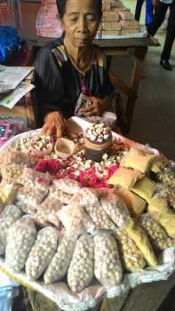 Bedak Beras (Badak Bareh) Buk Mani Pasar Raya Padang (4 November 2015)(2)